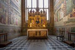 Uno degli altari in basilica di Santa Croce, Firenze Immagine Stock Libera da Diritti