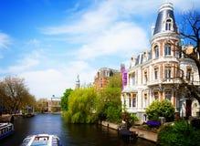 Uno dei canali a Amsterdam Immagini Stock