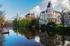 Uno dei canali a Amsterdam Fotografia Stock Libera da Diritti