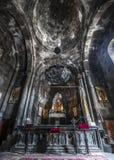 Uno dei quaranta altari del monastero di Geghard Fotografia Stock