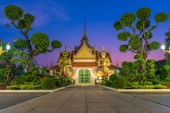 Uno del templo famoso en Wat Arun Ratchawararam foto de archivo libre de regalías