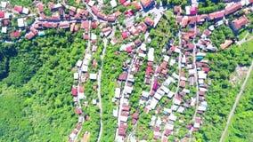 Uno el lugar más famoso de Georgia - visión superior desde el monasterio de Jvari al riger de Aragvi y de Mtikvari y al capital a metrajes