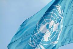 UNO-Markierungsfahnenwellenartig bewegen Lizenzfreies Stockbild