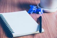 uno sketchbook immagini stock