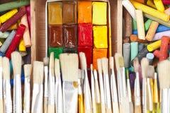 unordentlicher, benutzter Water-color Paint-box mit Lizenzfreies Stockfoto