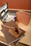 Unordentlicher Schreibtisch Stockbild