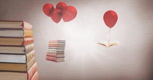 Unosić się książki wiesza z surrealistycznych balonów Fotografia Royalty Free