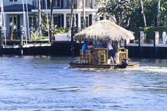 Unosić się Tik Prętową łódź fotografia royalty free