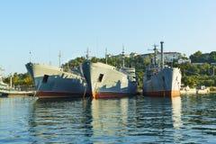 Unoszący się wysyła PM-56 PM-138 Morskiego transport bronie, obrazy royalty free