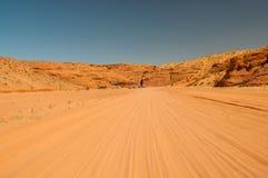 Unpaved väg till antilopkanjonen, sida, Arizona inom navajoen Arkivfoto