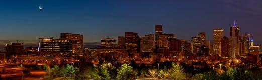 Unque-Ansichtod die Denver-Skyline nachts Stockbilder