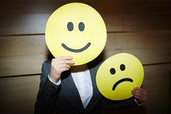 Unrecognizable bizneswoman z Sfałszowanymi emocjami obrazy stock