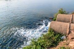 Unreines Wasser Lizenzfreie Stockbilder