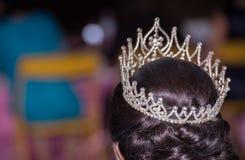 Unscharfe, schöne Tiara auf einem Haupt- Verlust-huahin in Thailand Stockbilder