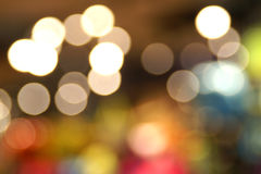 Unscharfer Bokeh-Hintergrund von der bunten Innenbeleuchtung Lizenzfreies Stockfoto