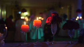 Unscharfer Hintergrund des Abendessens Romance stock video