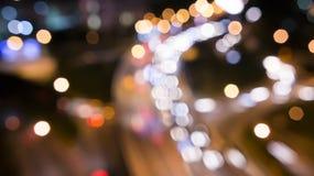 Unscharfes Auto-Licht auf der Landstraße Lizenzfreies Stockbild