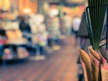 Unscharfes Bild des Buchladens stockfoto