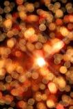Unscharfes Rundschreibenlichter bokeh und Schneeflocke für Weihnachtshintergrund Stockfotografie