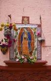 Unsere Dame von Fatima auf Fliesen Stockfotografie