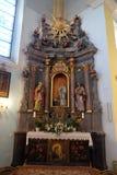 Unsere Dame von Lourdes-Altar in der Kirche von St. Catherine von Alexandria in Krapina, Kroatien Stockbilder