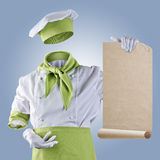 Unsichtbarer Chef zeigt das Menü auf einem blauen Hintergrund Stockfotografie