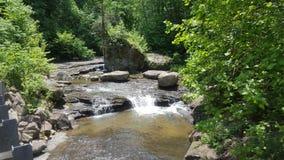unten Strom der gleichen Wasserfälle Lizenzfreie Stockfotografie