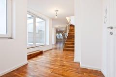 Untenanted flat in Eigentijdse archit Royalty-vrije Stock Fotografie