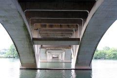 Unter der Lamar Brücke in Austin, Texas Lizenzfreies Stockfoto