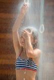 Unter Dusche Lizenzfreies Stockbild