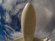 Unter einem Flugzeug Lizenzfreie Stockfotografie