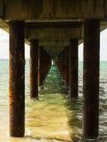 Unter Pierfoto entlang der großen Ozeanstraße Stockbild
