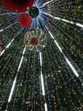 Unter Weihnachtsbaum Stockfoto