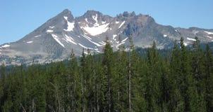 Unterbrochene Oberseite, zentrale Oregon-Kaskaden lizenzfreies stockbild