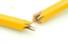 Unterbrochener Bleistift. Stockbild