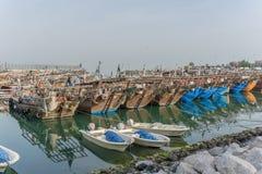 Unterbrochenes Fischerboot Stockfotografie