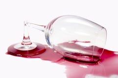 Unterbrochenes Glas Wein Stockfotografie