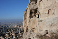 Unterbrochenes Haus in der Höhle von felsigem Cappadocia Lizenzfreies Stockbild
