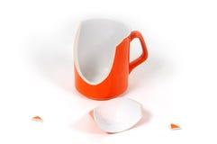 Unterbrochenes keramisches Cup Lizenzfreie Stockfotos