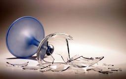 Unterbrochenes Wein-Glas Stockbild