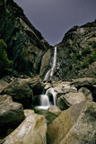 Unterere Yosemite- Fallsstern-Spuren Lizenzfreies Stockbild