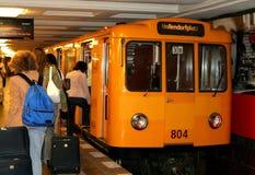 Untergrundbahn in Berlin Stockbild