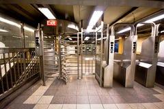Untergrundbahn-Drehkreuz Stockfotografie