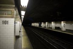 Untergrundbahnplattform New York City Stockfotografie