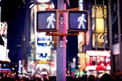 Unterhalt-gehendes New- YorkVerkehrszeichen Stockfotografie