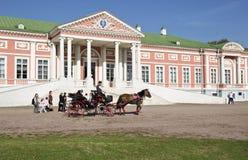Unterhaltung für die Touristen in Kuskovo, Lizenzfreie Stockfotografie