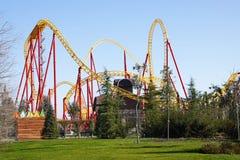 Unterhaltungsachterbahn im Sochi-Park Adler, Krasnodarsky-krai, Russland Lizenzfreies Stockbild