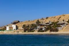 Unterkunft auf dem Strand in Mancora, Peru Lizenzfreie Stockfotos
