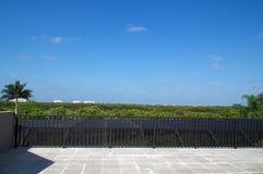 Unterlassungsbonita springs vom Balkon Stockbild