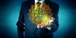 Unternehmensberater Showing ein globales Netzwerk stockbild